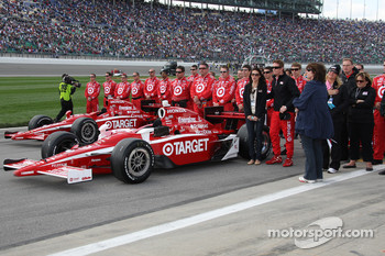 Chip Ganassi Racing crew members during the National Anthem