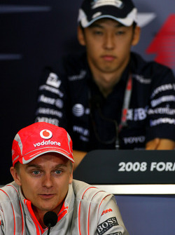 FIA press conference: Heikki Kovalainen, McLaren Mercedes, Kazuki Nakajima, Williams F1 Team