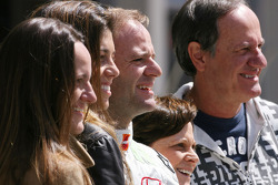 Rubens Barrichello, Honda Racing F1 Team celebrates his 257th GP with his  wife, sister, mother and father