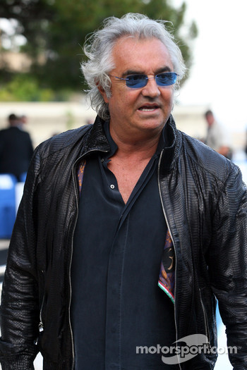 Flavio Briatore, Renault F1 Team, Team Chief, Managing Director Amber Fashion which benefits the  Elton John Aids Foundation