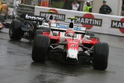 Timo Glock, Toyota F1 Team, TF108 missing his front wing
