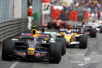 Mark Webber, Red Bull Racing leads Jenson Button, Honda Racing F1 Team