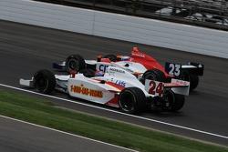 John Andretti passing Milka Duno