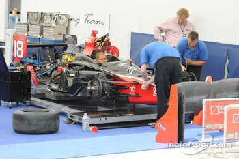 Bruno Junquiera's car being worked on
