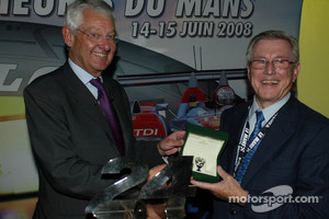 Martin Birrane, Jean-Claude Plassart - ACO President with ACO Award, 2008