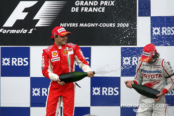 Podium: race winner Felipe Massa and Jarno Trulli