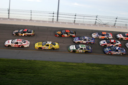 Carl Edwards and Mike Bliss lead a group of cars