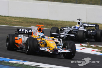 Fernando Alonso, Renault F1 Team and Nico Rosberg, WilliamsF1 Team