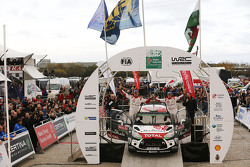 Podium: second place Kris Meeke and Paul Nagle, Citroën World Rally Team