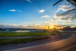 Sonnenuntergang am Homestead-Miami Speedway