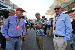 Niki Lauda, Mercedes Non-Executive Chairman, and Donald Mackenzie, CVC Capital Partners Managing Partner, Co Head of Global Investments (Right)