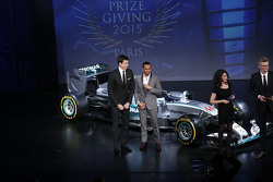 Lewis Hamilton, Mercedes AMG F1 with Toto Wolff, Mercedes AMG F1 Shareholder and Executive Director