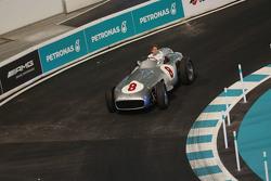 Susie Wolff, Mercedes-Benz W 196 R