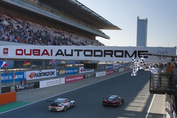 Checkred Flag for #19 Belgian Audi Club Team WRT Audi R8 LMS: Michael Meadows, Stuart Leonard, Laurens Vanthor