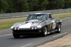 #61 Chevrolet Corvette 1966:Hervé Dumas, Yvan Lebon