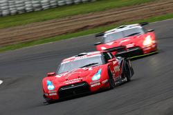 #22 Motul Autech GT-R: Michael Krumm Masataka Yanagida