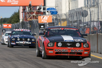 #60 Rehagen Racing Ford Mustang GT: Mike Canney, Hugh Plumb heads to the starting grid