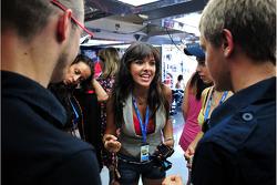 Girls in the Scuderia Toro Rosso garage
