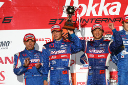 GT500 podium: second place Yuji Ide, Shinya Hosokawa and Kosuke Matsuura
