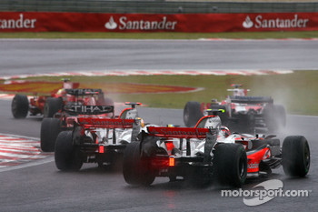 Start of the race, Lewis Hamilton, McLaren Mercedes, Heikki Kovalainen, McLaren Mercedes