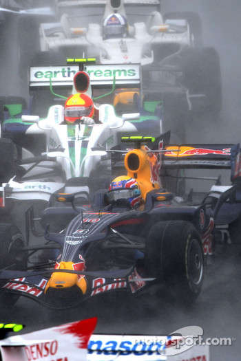 Start: Mark Webber, Rubens Barrichello and David Coulthard