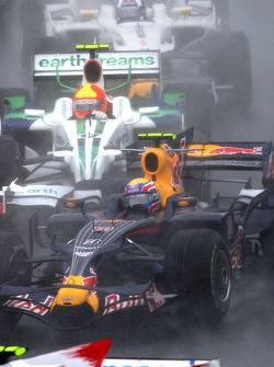 Start: Mark Webber, Rubens Barrichello and David Coulthard
