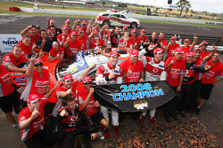 Jamie Whincup, TeamVodafone 2008 champions