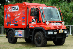 Team FleetBoard Mercedes-Benz: #562 Mercedes Unimog of Thomas Wallenwein and Andre Jockusch