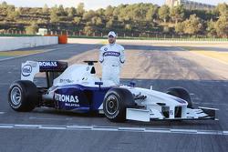Nick Heidfeld with the new BMW Sauber F1.09