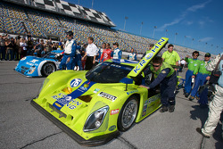 #76 Krohn Racing Ford Lola pushed to the starting grid