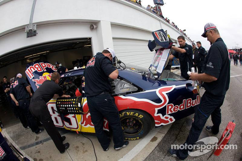 Red Bull Racing Team Toyota crew members at work