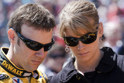 Matt Kenseth, Roush Fenway Racing Ford, with wife Katie