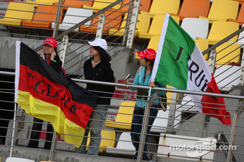 Fans of Timo Glock, Toyota F1 Team and Jarno Trulli, Toyota Racing