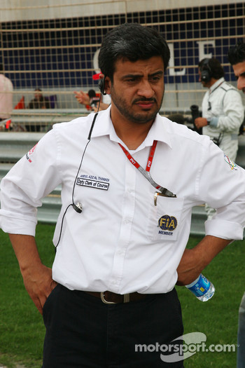 Abdul Aziz al Thawadi, Dpty Cleark of Course, watching the track improvements