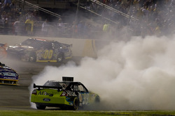 Carl Edwards, Roush Fenway Racing Ford spins in front of Jamie McMurray, Roush Fenway Racing Ford