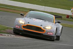 #80 Hexis Racing AMR Aston Martin V8 Vantage: Frédéric Makowiecki, Stefan Mücke