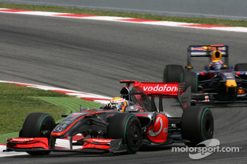 Lewis Hamilton, McLaren Mercedes and Mark Webber, Red Bull Racing