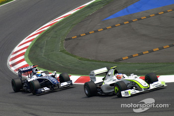 Rubens Barrichello, Brawn GP, Nico Rosberg, Williams F1 Team
