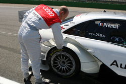 Alexandre Prémat, Audi Sport Team Phoenix, checking the heat in his tyres