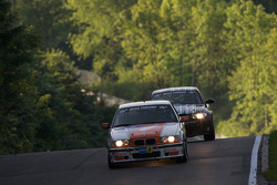 #170 BMW E36 M3: Richard Gartner, Ray Stubber, Paul Stubber