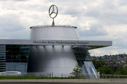 Mercedes-Benz car dealership next to the museum