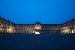 Stuttgart by night: das Neue Schloss (the New Castle)