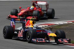 Sebastian Vettel, Red Bull Racing leads Felipe Massa, Scuderia Ferrari