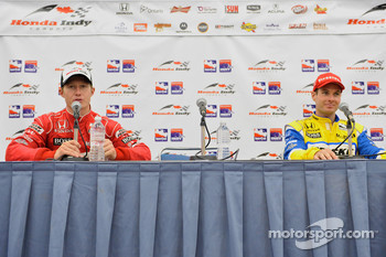 Post-race press conference: second place Ryan Briscoe, Team Penske, third place Will Power, Team Penske