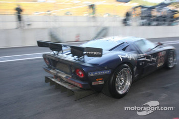 Pit stop for #121 Matech GT Racing Ford GT: Thomas Mutsch, Maxime Martin, Peter Wyss, Marc Hennerici