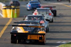 #60 Michael Shank Racing Ford Riley: Oswaldo Negri, Mark Patterson enters pitlane