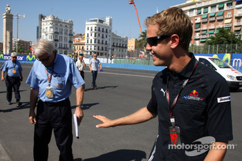 Charlie Whiting, FIA Safty delegate, Race director and offical starter, Sebastian Vettel, Red Bull Racing