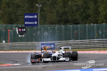 Mark Webber, Red Bull Racing, Nick Heidfeld, BMW Sauber F1 Team