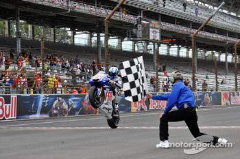 Jorge Lorenzo, Fiat Yamaha Team takes the checkered flag