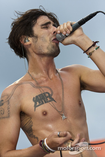 The All American Rejects put on a concert for the Chevy Rock & Roll 400